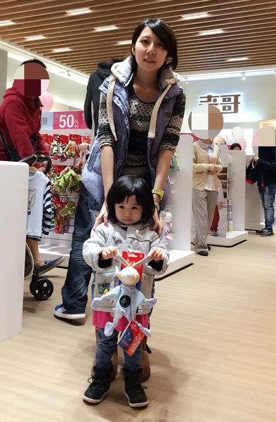 [育兒]媽咪們買到手軟 必逛奇哥全台首間outlet 華泰名品城二期新開幕(現場直播)