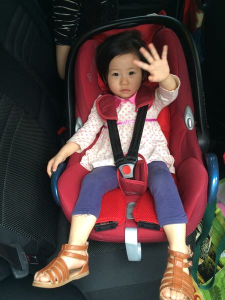 [育兒]成長型汽座大抉擇,寶寶第二階段汽車安全座椅(Aprica、法國納尼亞、YoDa比較)
