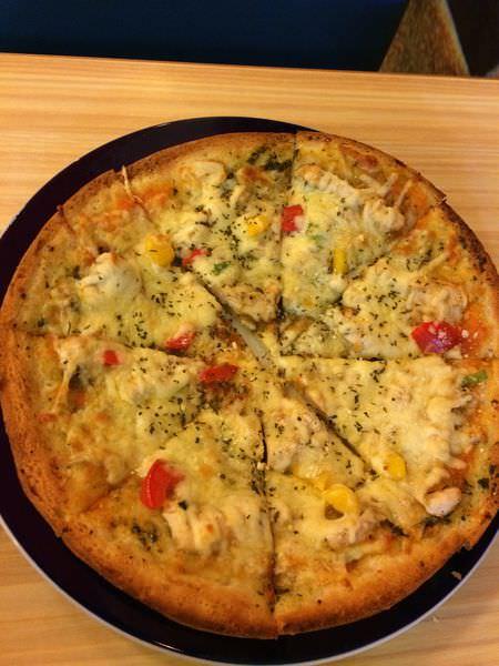 [食記]基隆安樂區過港86,平價好食的義大利麵&比薩美食餐廳。