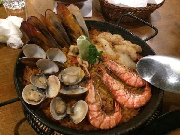 [食記]台北東區ELAMOR 西班牙料理,巷弄內的獨特高級異國餐廳。