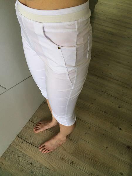 [穿搭]芳子時尚funsgirl,環保節能涼感七分耐米褲。