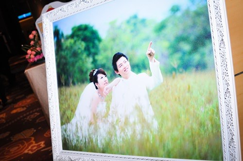 [婚紗]高雄夢萊茵皇室婚禮,婚紗公司禮服挑選。