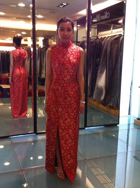 [禮服]高雄夢萊茵皇家婚紗-女人最幸福時刻,挑選宴客婚紗、禮服Part1。